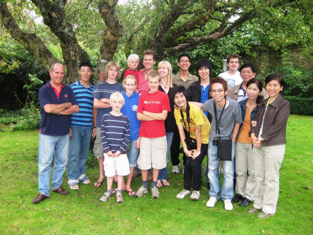 image of uk guardianship students at suzie mackie's house